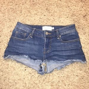 NEW Kendall&Kylie Shorts
